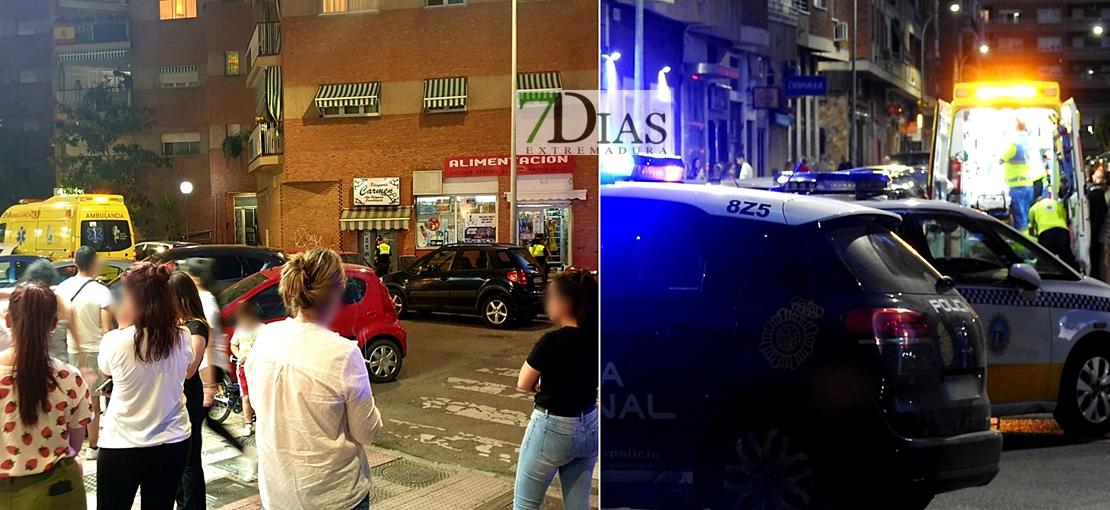 Una joven en estado crítico al caer de un cuarto piso en el centro de Badajoz