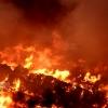 Grave incendio en el vertedero de residuos urbanos de Badajoz