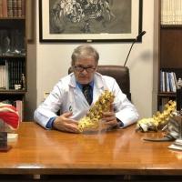 Premian a dos traumatólogos del Hospital Universitario de Badajoz