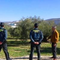 La Guardia Civil ha detenido a dos personas por estafar a 84 olivareros