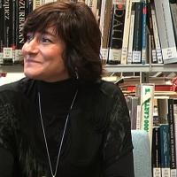 La poeta extremeña Ada Salas, Medalla de Extremadura 2019