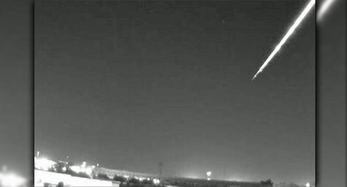 Una bola de fuego atravesó anoche Andalucía y se extinguió en Badajoz