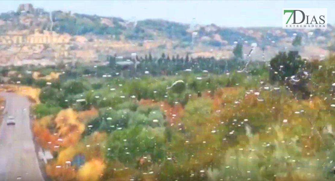 VÍDEO - Primeras lluvias del sábado en Extremadura