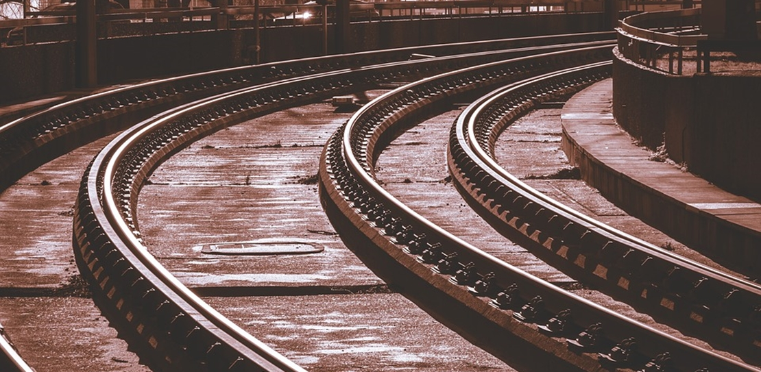 Comienzan a circular los trenes por las nuevas vías del tramo Llerena-Usagre