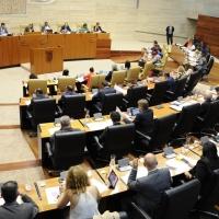 El PSOE agiliza los trámites para eliminar la limitación de mandatos