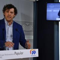 """El PP denuncia abandono de la Junta a miles de opositores. """"No saben cuándo serán sus pruebas"""""""