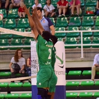Lucas de Sousa, del Cáceres Voleibol, vuelve al septeto ideal de la jornada