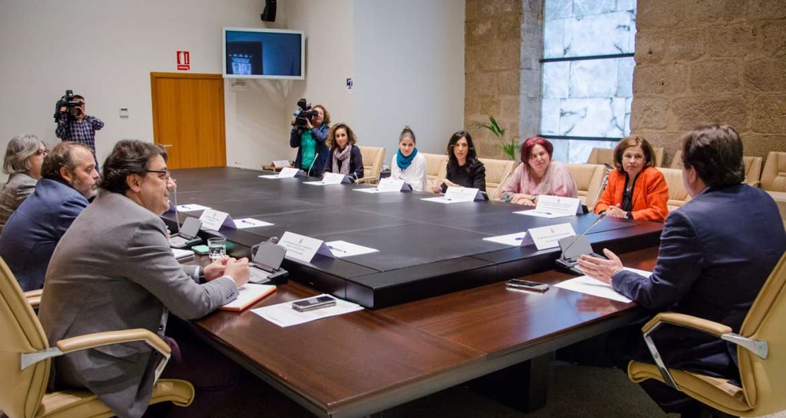 Autorizada la contratación del servicio de mediación familiar en Badajoz, Cáceres y Plasencia
