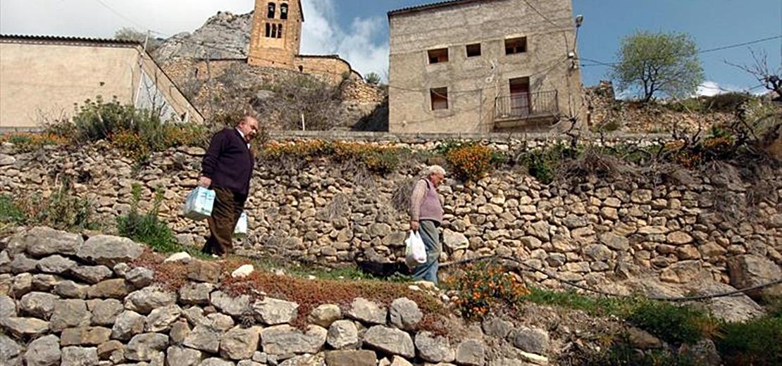 En manos de la UEx la elaboración de una estrategia contra la despoblación