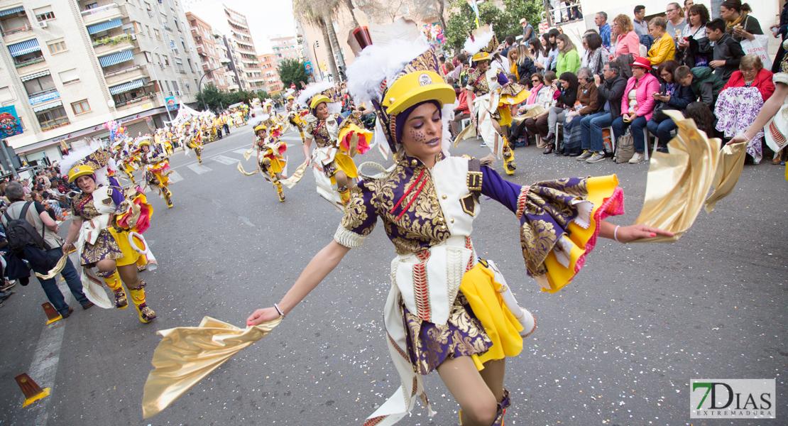 51 comparsas llenarán de color las calles de Badajoz