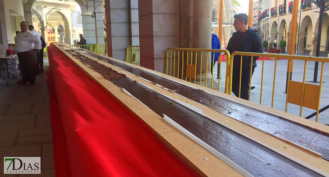 Villanueva de la Serena prepara el turrón más grande del mundo