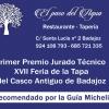 Artefactos y grupos menores añaden buen rollo al Gran Desfile de Comparsas del Carnaval de Badajoz
