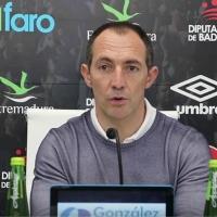 Así ha sido la presentación de Munitis como entrenador del CD. Badajoz