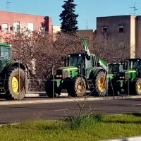 Gran cantidad de tractores comienzan a llegar a Badajoz capital