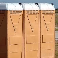Más de 7.000 euros para instalar 74 urinarios en el carnaval pacense