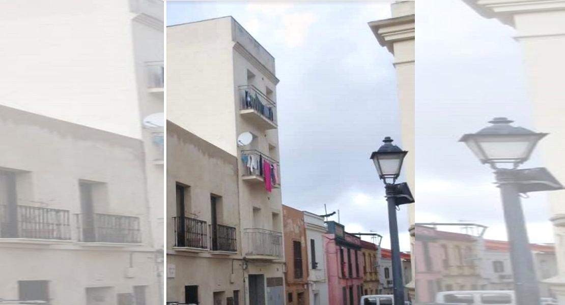 11 familias y 16 menores no tendrán que abandonar sus hogares en Badajoz