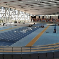 Un pabellón cubierto de atletismo se convierte en hospital de campaña
