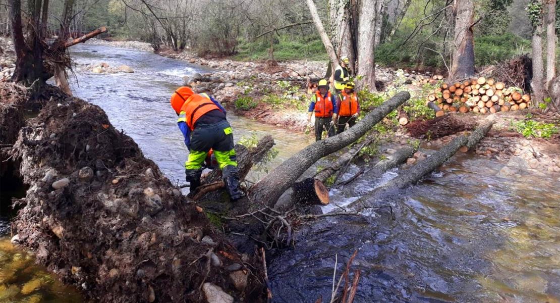 Continúan los trabajos de recuperación de los cauces por las inundaciones en el Valle del Jerte