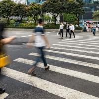 Ábalos pretende que los peatones conquisten terreno al automóvil