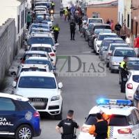 10 coches de policía acuden a una discusión de pareja en Las Cañadas (Badajoz)