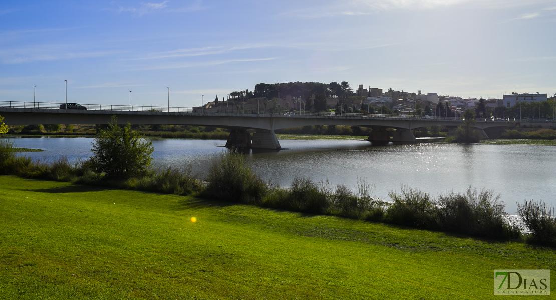 Piden crear un canal de nado en el río Guadiana a su paso por Badajoz