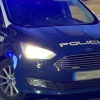 Pillan a un ladrón robando un coche en Badajoz y le imputan otros siete robos con fuerza