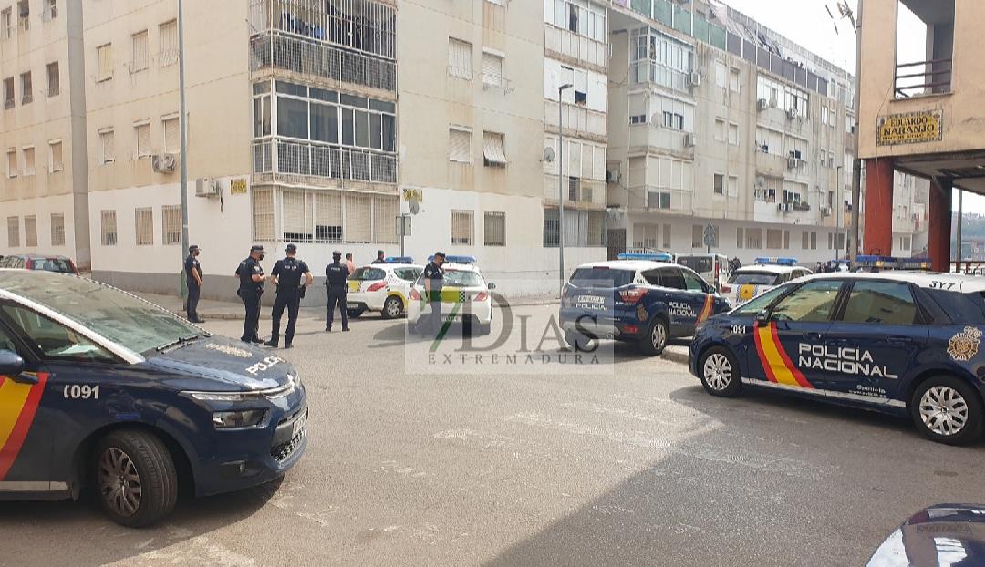 Varias detonaciones alertan a los vecinos de Suerte de Saavedra (Badajoz)