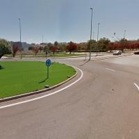 Un joven motorista hospitalizado tras sufrir una colisión en Badajoz
