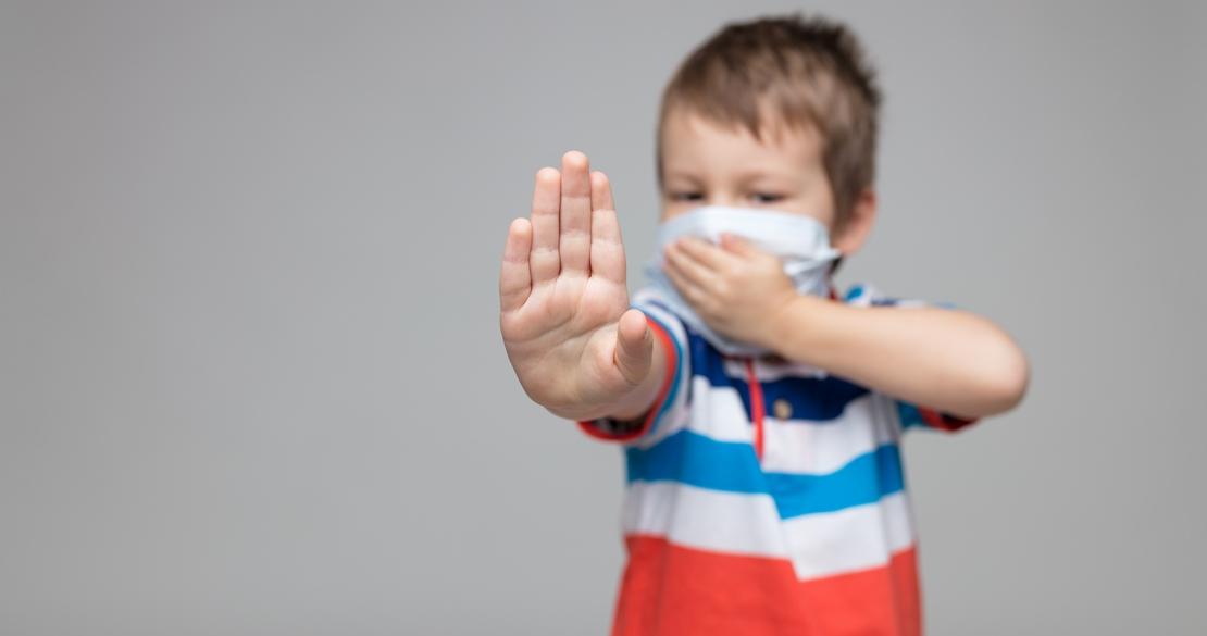 Los pediatras dan consejos para que los niños no lleven el coronavirus a casa