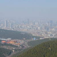 """Un estudio advierte del """"peligroso cóctel"""" de la contaminación atmosférica y la COVID-19"""