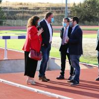 Gallardo inaugura la nueva pista de atletismo del complejo Diocles en Mérida