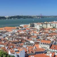 Portugal establece nuevas restricciones y bate el récord de casos en UCIs