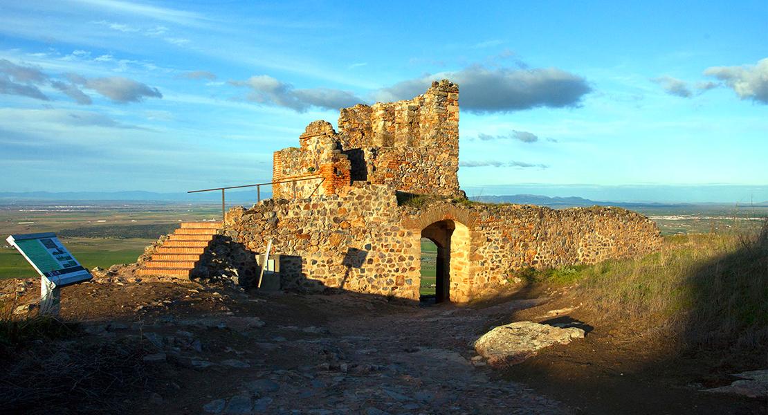 Objetivo restaurar y consolidar el Castillo musulmán de Magacela (Badajoz)