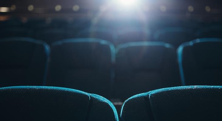 El teatro se reinventa frente a la crisis del coronavirus