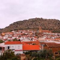 La Junta se compromete a acondicionar caminos en seis localidades extremeñas
