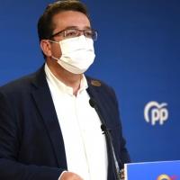 """PP: """"Vara está más preocupado en presentar mociones de censura que en vacunar a los extremeños"""""""