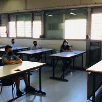 Tan solo 16 aulas educativas de la región mantienen la cuarentena