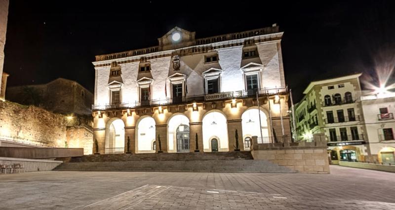 Condenados por robar cable de cobre del alumbrado público en Cáceres