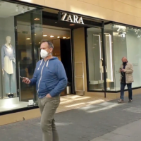 Los ciudadanos opinan sobre el cierre de Zara en Badajoz